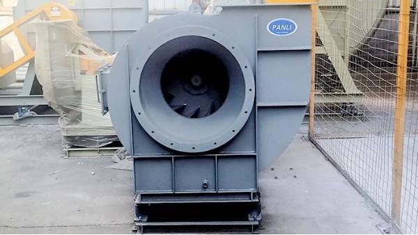 不锈钢离心风机漏油故障原因及解决措施
