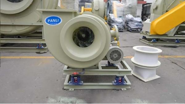 采购防腐玻璃钢通风机开箱前查验产品很重要