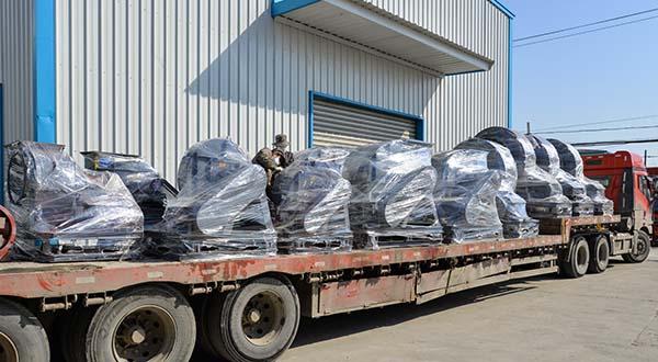 风机厂家:磐力风机12台离心通风机运往江苏江南现场