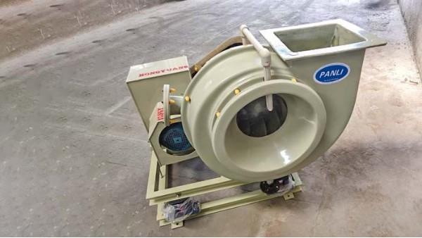 防腐玻璃钢离心风机在不同行业中的作用