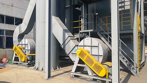 橡胶厂炼胶适用玻璃钢风机还是碳钢风机?